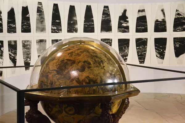 1900-spheres-des-batisseurs-09-globe-celeste-coronelli-1696-bnf